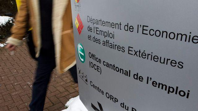 Le panneau de l'Office cantonal de l'emploi du Bouchet à Genève. [Salvatore Di Nolfi - Keystone]