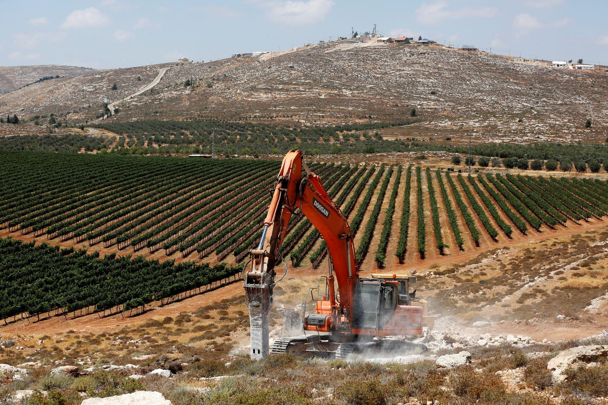 """Résultat de recherche d'images pour """"photos de la nouvelle colonie d'Amichaï en Israël"""""""