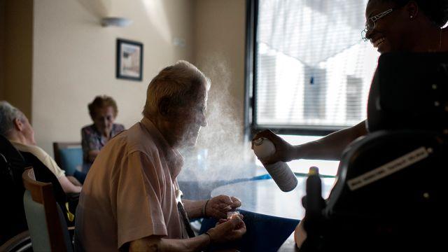 Les personnes âgées sont les plus fragiles lors des périodes de canicule. [Romain Lafabregue - AFP]