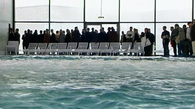 Inauguration du centre thermo-ludique de Charmey en 2007. [RTS]