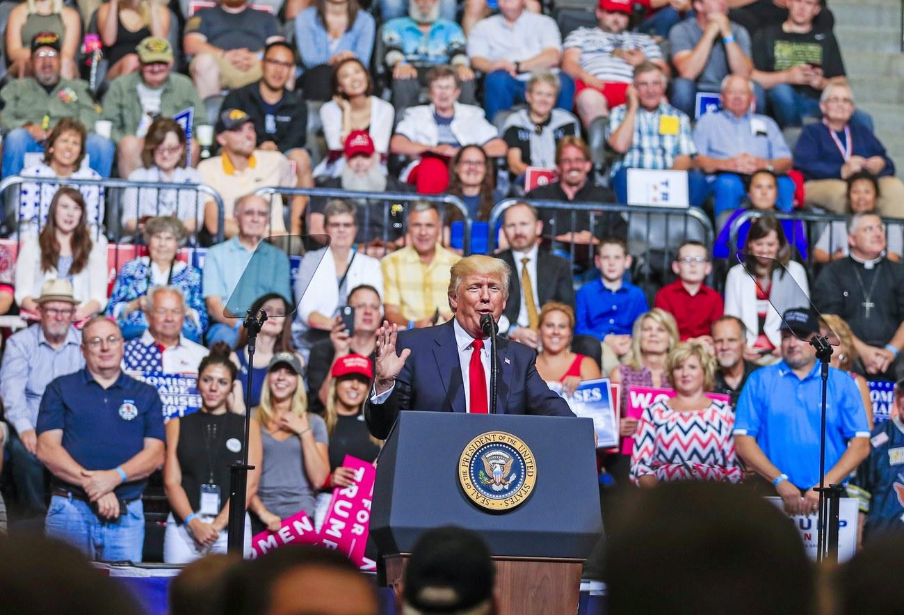 L'idée de Trump : un mur solaire à la frontière du Mexique