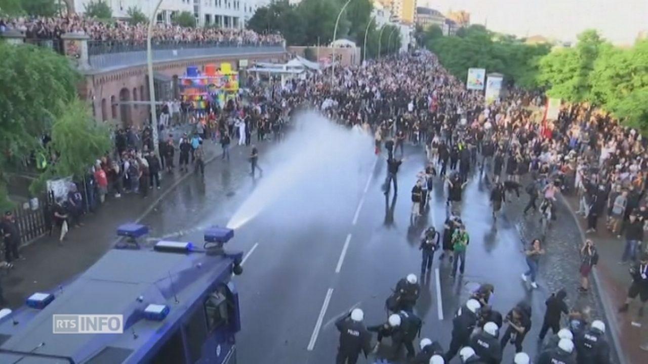 Heurts entre police et manifestants anti-G20 à Hambourg [RTS]