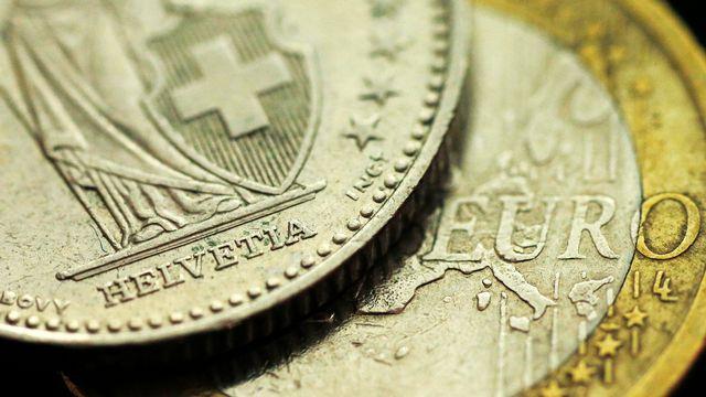 L'euro s'échange actuellement autour de 1,10 franc. [Phil Noble - Reuters]