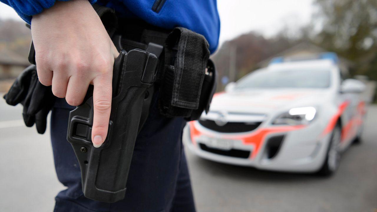 La police vaudoise était intervenue à Aubonne samedi 26 juin (image d'illustration). [Laurent Gilliéron - Keystone]