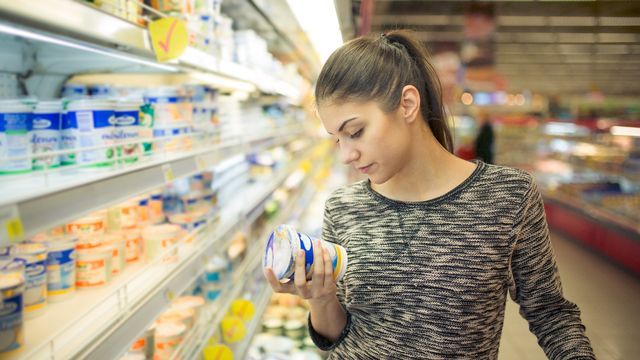 Lors des achats, pas facile de s'y retrouver parmi le large choix de produits proposés. [eldarnurkovic - Fotolia]