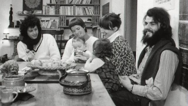 Vivre en communauté, Cologny, 1973. [RTS]
