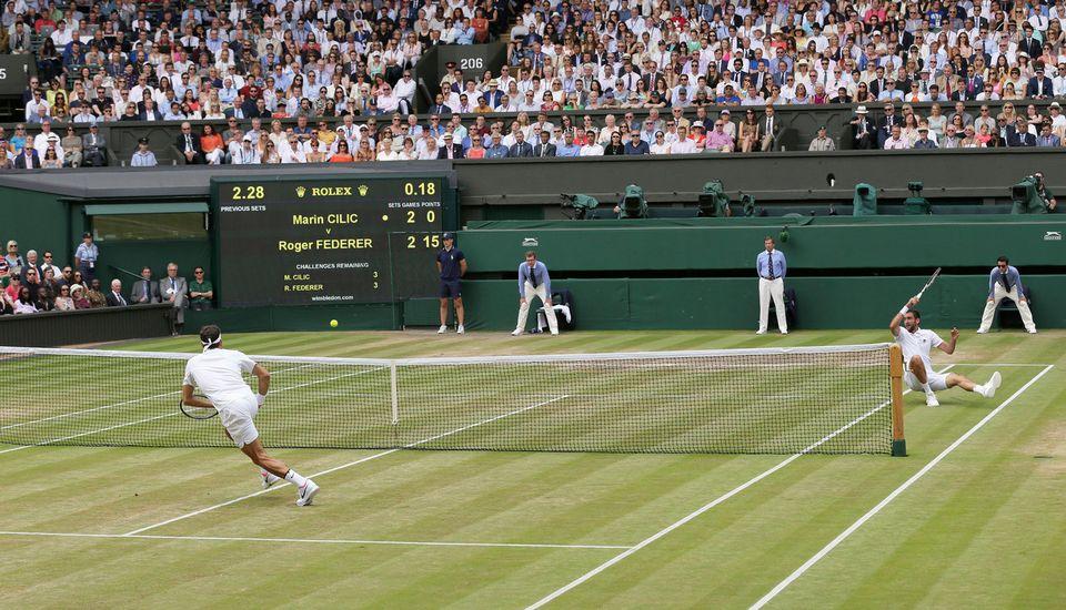 Federer a ajouté un nouveau chapitre à sa légende dimanche. [Tim Ireland - Keystone]