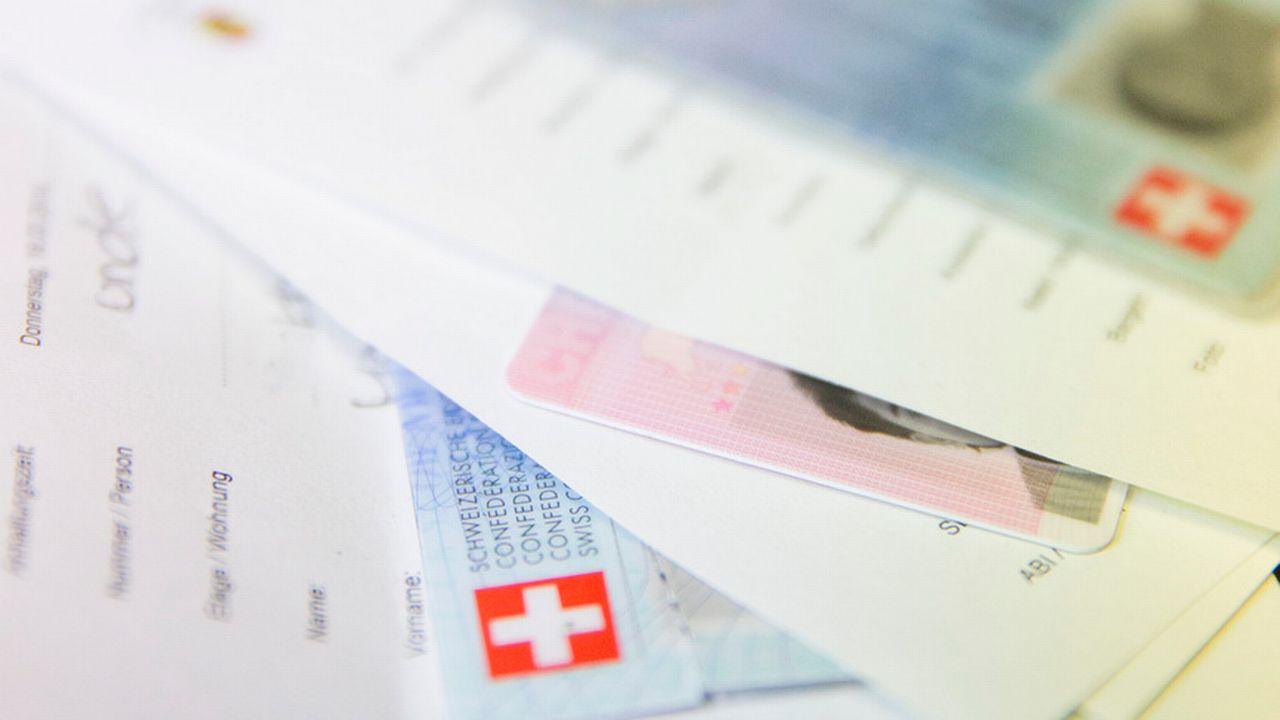 Le canton de Schaffhouse a mandaté une start-up zurichoise pour développer un projet-pilote d'identité électronique. Cette plateforme permettra aux citoyens d'avoir accès en ligne à des services administratifs personnalisés.  [Peter Klaunzer - Keystone]