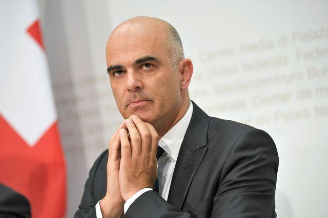 Le conseiller fédéral Alain Berset songe-t-il au DFAE? [Anthony Anex - Keystone]