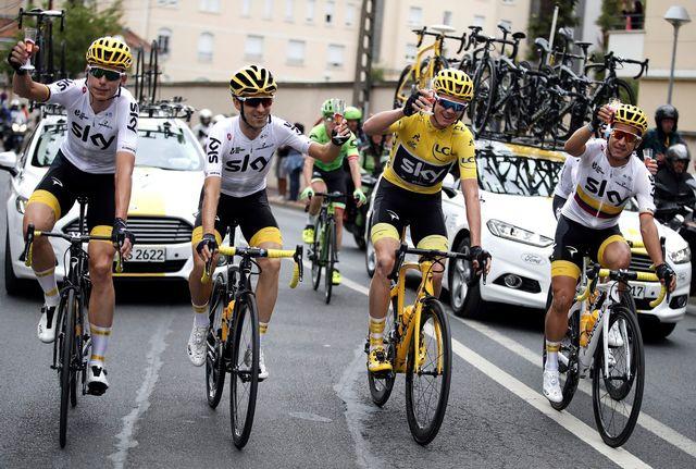 L'équipe britannique Sky a de nouveau été l'équipe en vue du Tour de France. [Benoit Tessier - Keystone]