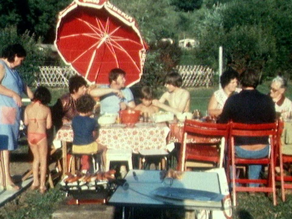 Le camping en 1981. [RTS]
