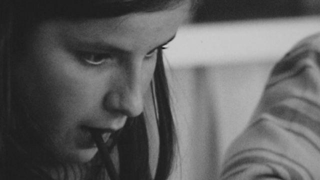 Une écolière valaisanne en 1973 [RTS]