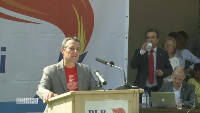 Le conseiller national Ignazio Cassis devant les délégués du PLR tessinois [RTS]
