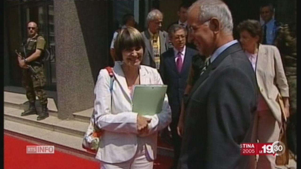 """Avocate du Kosovo"", Micheline Calmy-Rey distinguée à Viti [RTS]"