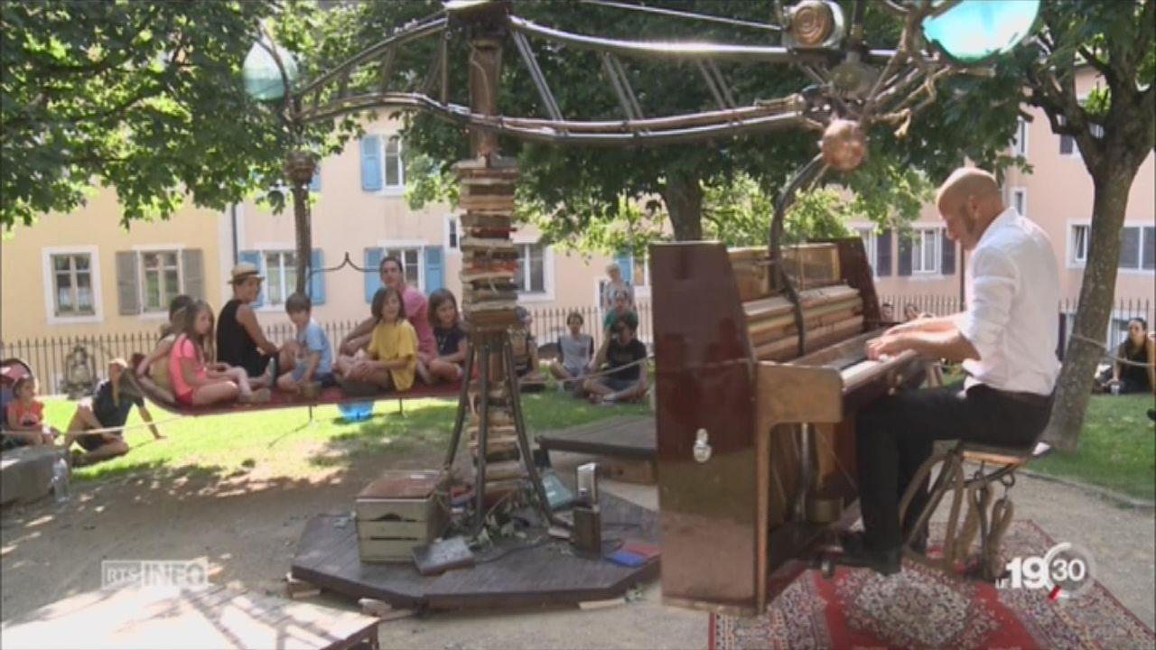 La Chaux-de-Fonds: le miracle du festival la Plage des Six-Pompes. [RTS]