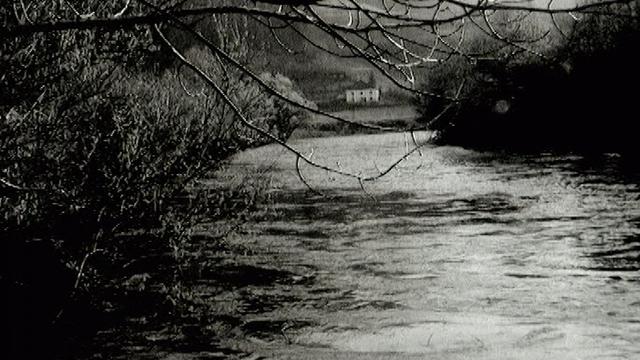 Au bord du Doubs, 1968. [RTS]