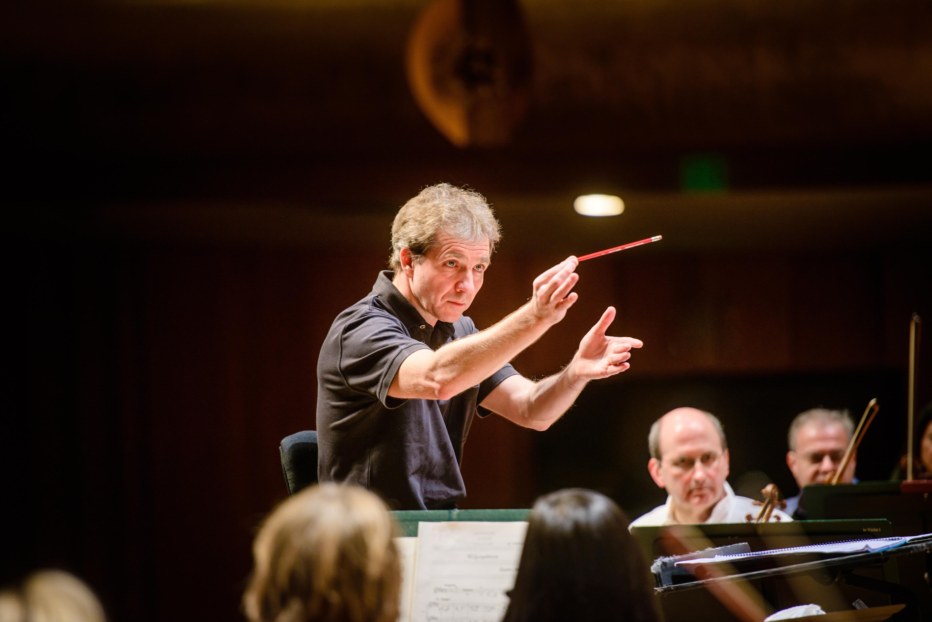 Le chef d orchestre suisse Thierry Fischer, directeur artistique du Utah  Symphony Orchestra. 2a803d0e014a