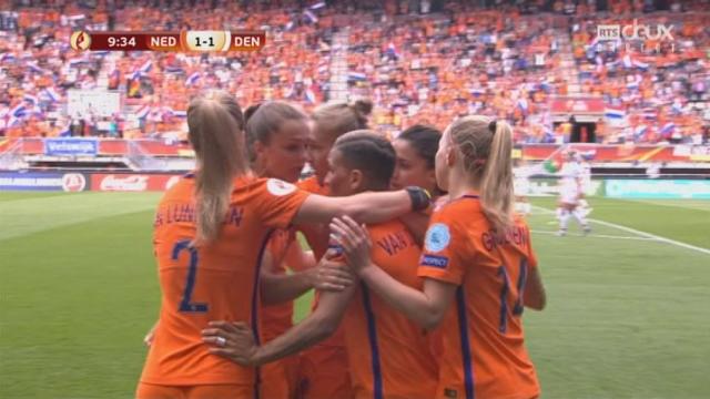 Finale, Pays-Bas - Danemark 1-1: 10e Vivianne Miedema [RTS]