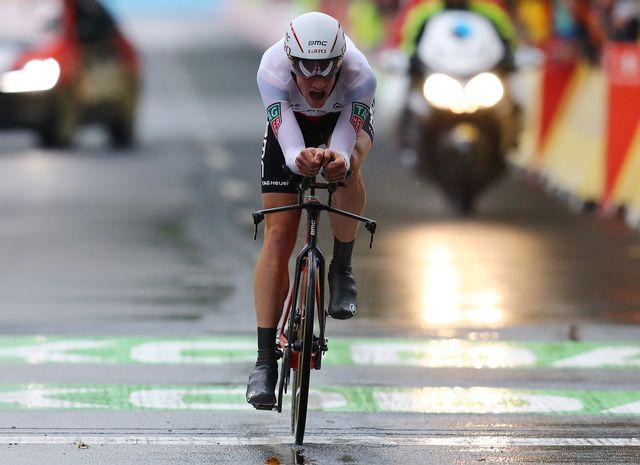Stefan Küng a pris sa revanche sur Maciej Bodnar qui l'avait battu au Tour de France. [Daniel Karmann - Keystone]