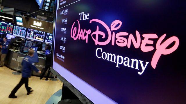 Le logo de Disney apparaît sur un écran de la Bourse de New York le 8 août 2017. [AP Photo/Richard Drew - Keystone]