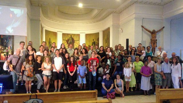 La Pastorale des jeunes de l'église du Sacré-Coeur de Genève. [Delphine Gendre - RTS]
