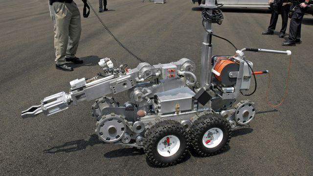 Robot-tueur Remotec Andros, qui aurait été utilisé par la police pour neutraliser le tueur de Dallas. [Michael Nagle - Getty Images/AFP]
