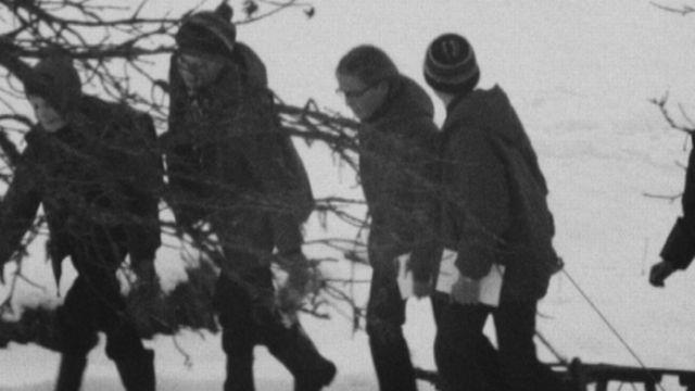 Le chemin des écoliers du Val Terbi dans le Jura en 1971. [RTS]