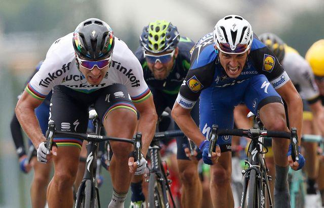 Julian Alaphilippe remporte la 8e étape de la Vuelta. [Christophe Ena - Keystone]