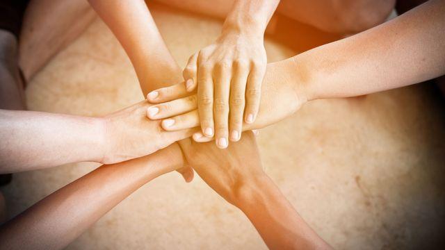 Les femmes ne synchronisent pas leurs menstruations lorsqu'elles vivent en communauté. sunshiro Fotola [sunshiro - Fotola]