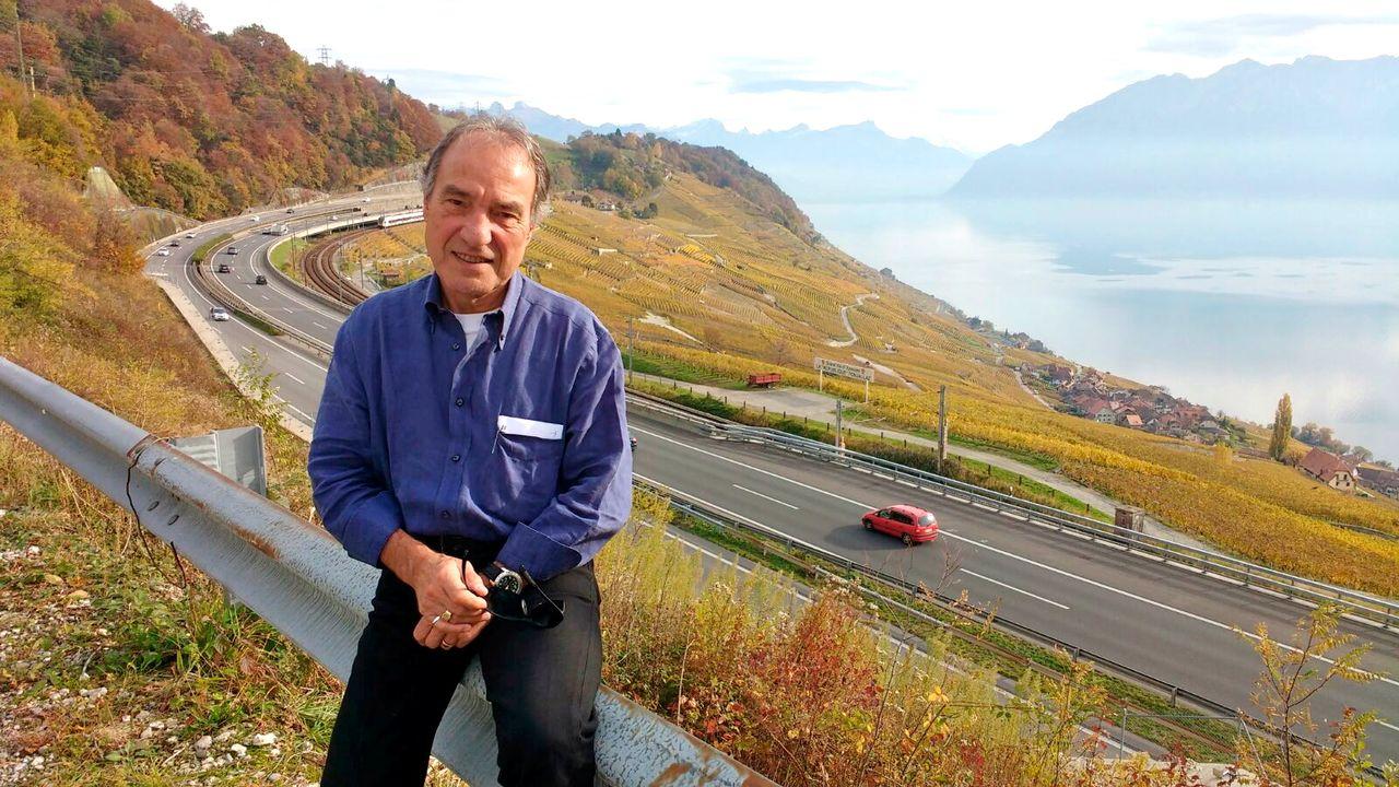 """Bertrand Duboux, ancien journaliste sportif, publie """"Il faut sauver le vigneron de Lavaux""""."""