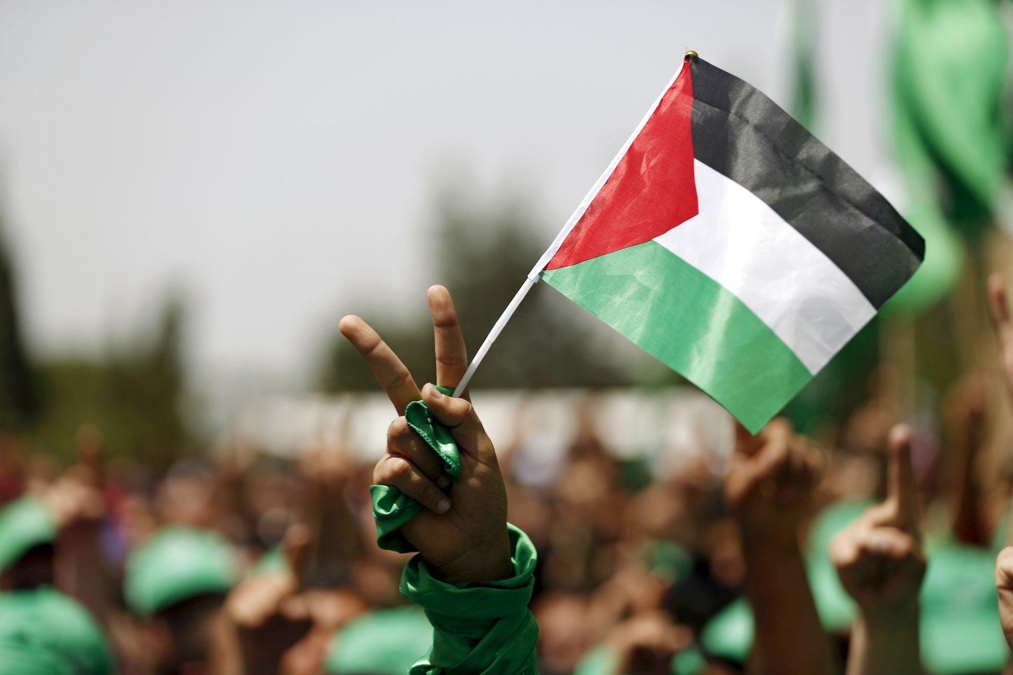 Des factions palestiniennes saluent la volonté de réconciliation du Hamas