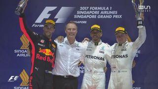 GP de Singapour, podium: la joie du Britannique après sa victoire [RTS]