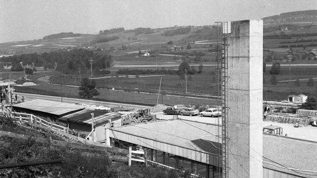 Le site de construction du réacteur de Lucens, en 1965. [Keystone]