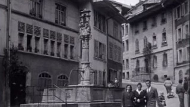 Fribourg, 1955. [RTS]