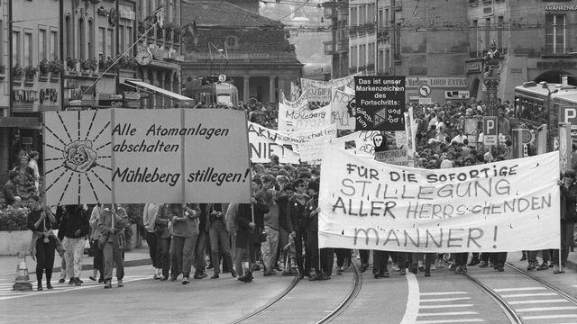 Manifestation contre le nucléaire, en août 1986. [Keystone]