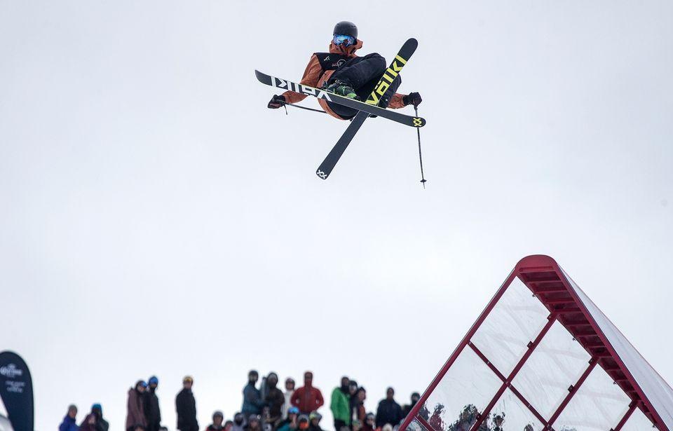 Andri Ragettli le 27 août dernier lors d'une compétition en Nouvelle-Zélande. [Iain McGregor - Keystone]