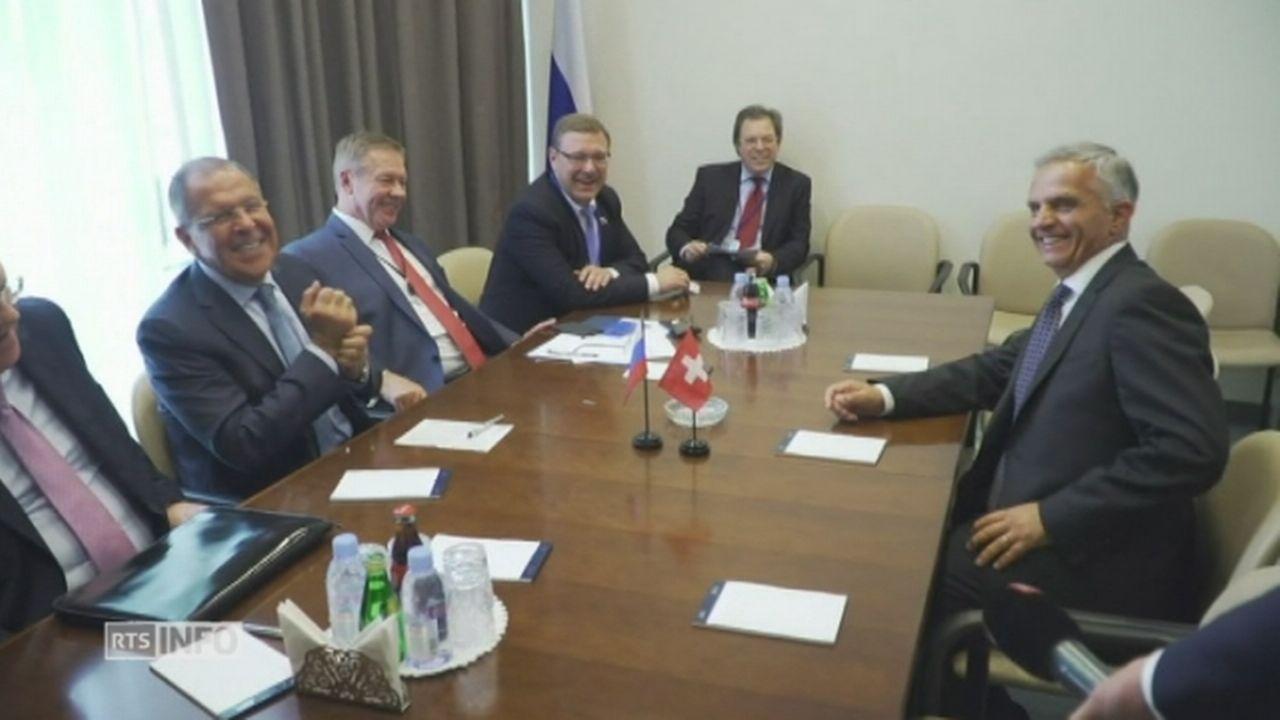 Les bons voeux de Sergueï Lavrov à Didier Burkhalter [RTS]