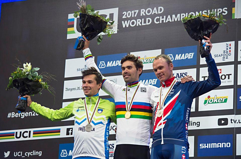 Le Néerlandais (au centre) a été sans rival sur le parcours norvégien. [Marit Hommedal - Keystone]