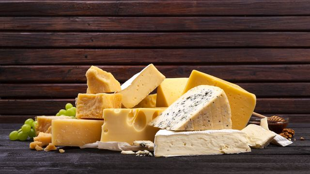 Un plateau de fromages qui n'existerait pas sans bactéries. xamtiw Fotolia [xamtiw - Fotolia]