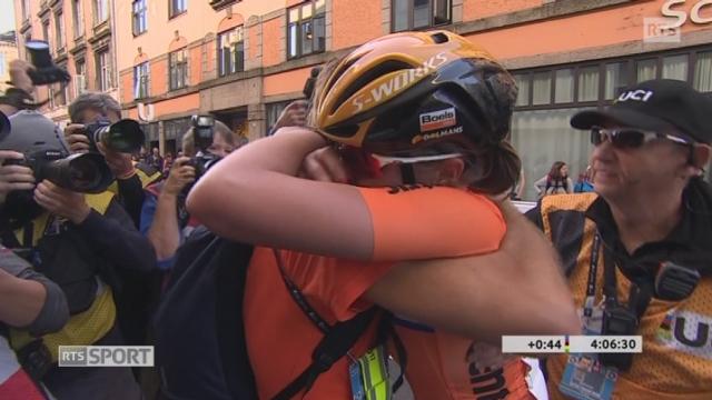 Championnats du monde, course dames: Chantal Blaak (NED) championne du monde devant Katrin Garfoot (AUS) 2e et Amalie Dideriksen (DAN) 3e [RTS]