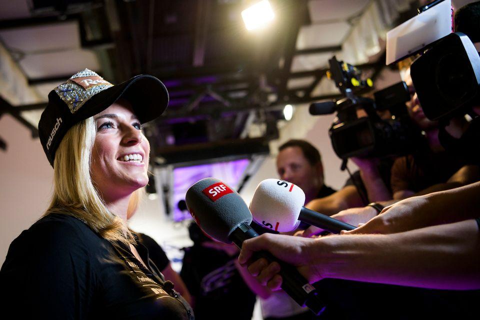 Lara Gut s'est exprimée devant les médias pour la première fois depuis sa blessure survenue en février. [Jean-Christophe Bott - Keystone]