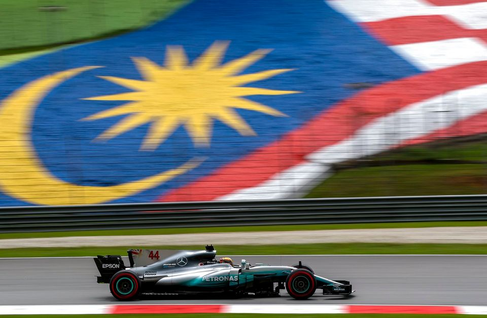 Lewis Hamilton a signé sa 9e pole cette saison. [Diego Azubel - Keystone]
