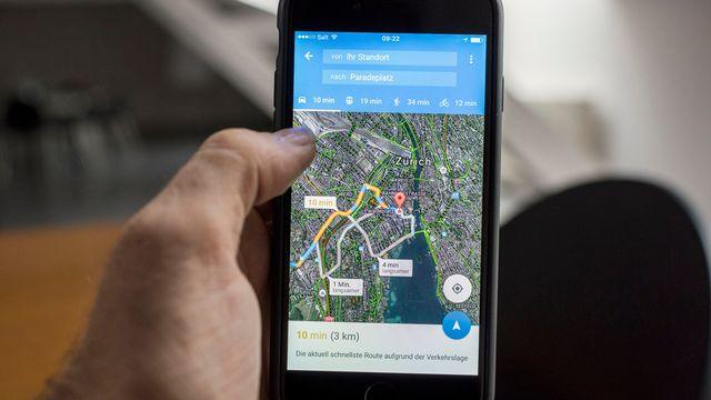 L'application Google Maps, sur un téléphone portable. [Keystone]