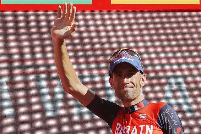 Vincenzo Nibali a laissé s'exprimer ses qualités de descendeur en fin de course pour aller chercher la victoire. [Javier Lizon - Keystone]