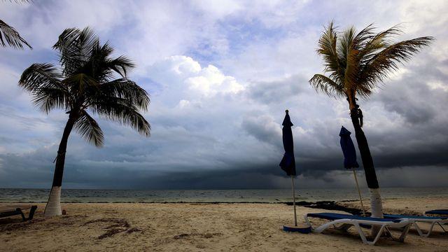 Une plage mexicaine à l'approche de l'ouragan Nate, en 2017. [Elizabeth Ruiz - AFP]