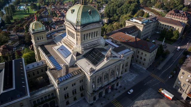 Le Palais fédéral à Berne vu du ciel. [Alessandro della Valle - Keystone]