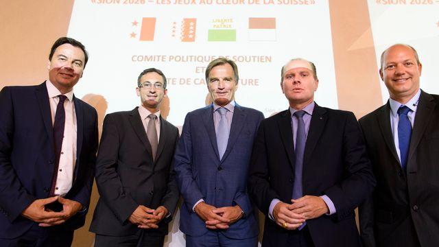Représentants valaisans, vaudois et fribourgeois lors d'une rencontre à Sion, 19.06.2017. [Laurent Gilliéron - Keystone]