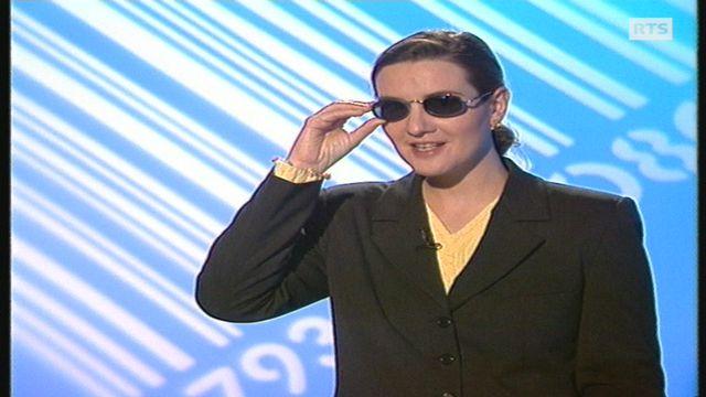 Crème solaire et lunettes sur le nez [RTS]
