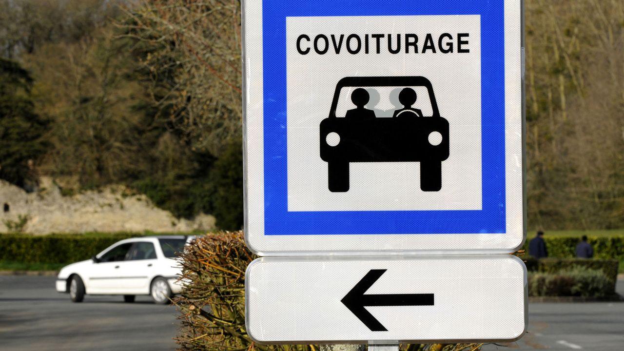 Le covoiturage pourrait faire baisser notablement le trafic sur les routes suisses. [Alain Le Bot - Photononstop/AFP]