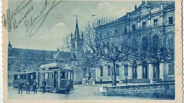 Hôtel de Ville de St-Julien-en-Genevois, lieu de naissance d'Antoine Marcourt.